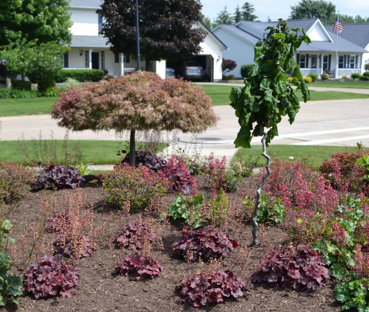 Backyard Corner Ideas: 23 Landscaping Ideas With Photos.